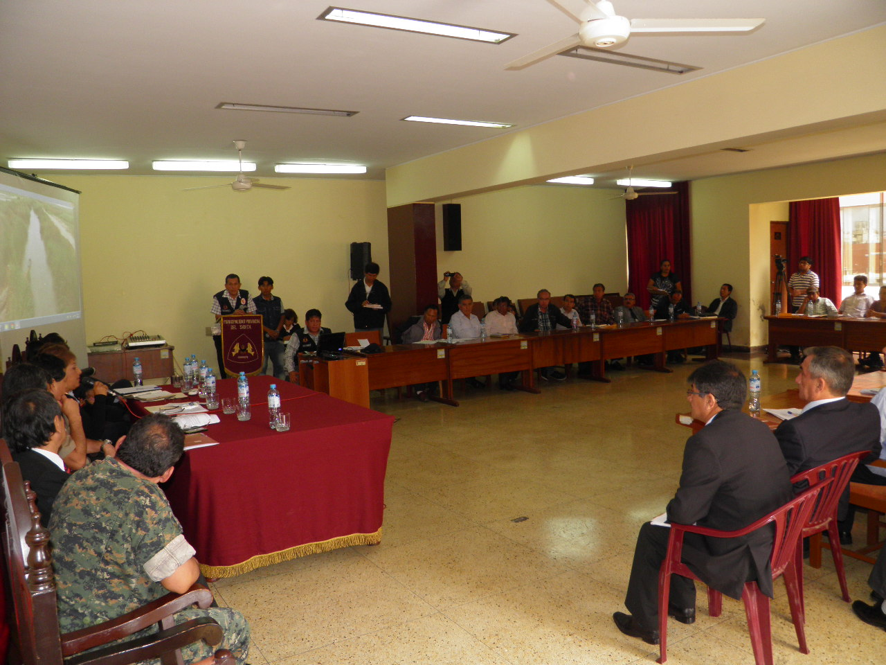 Chimbote en reuni n de coprosec acuerdan pedir a ministro for Agenda ministro del interior
