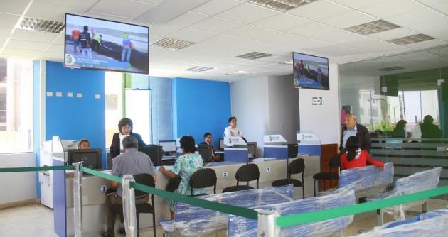 Nuevo chimbote inauguraron moderna oficina de recaudaci n for Oficina recaudacion