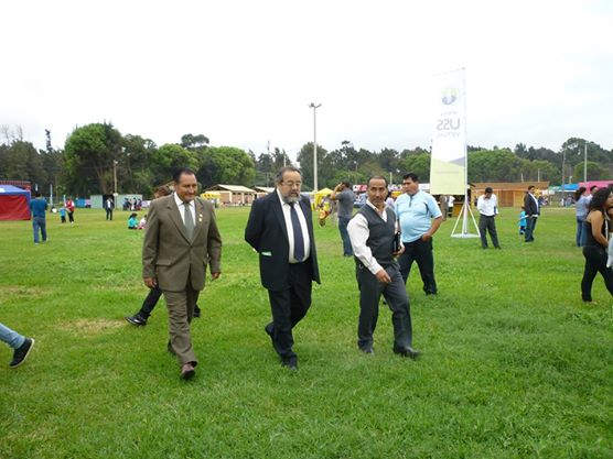 Feria de san pedrito del vivero forestal se inaugur como for Viveros en lima